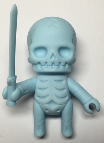 Skulltula_gaikotyu_swordsman_pastel_blue-kinokeshi_shimomoku-skulltula_gaikochu-jungle-trampt-278735m
