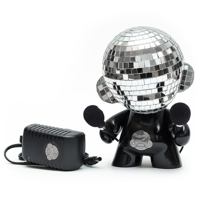 Disco_munny_ball_le-ikar11-munny-self-produced-trampt-278984m