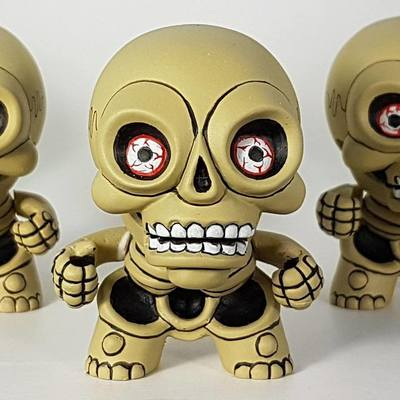 Skeleton-hugh_rose-resin-trampt-279195m
