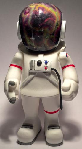 Cosmonaut-uncle-crew_zero_1-trampt-279480m