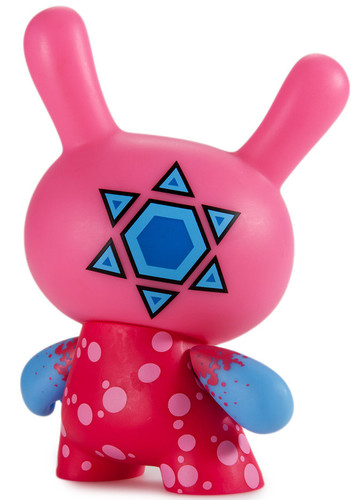 Codename_unknown_5_-_pink-sekure_d-dunny-kidrobot-trampt-280077m