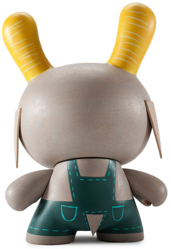 Buck_wethers_-_country_peach-amanda_visell-dunny-kidrobot-trampt-280285m
