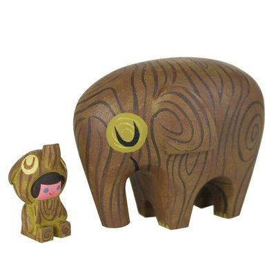 Wood_elephant_and_rider-amanda_visell_michelle_valigura-elephant_and_rider-switcheroo-trampt-280694m