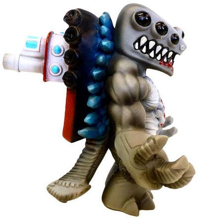 Tug_o_war_the_revenge-retroband_aaron_moreno_zectron-tug_o_war-unbox_industries-trampt-280920m