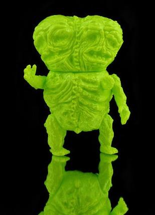 Cadaver_twins_-_flourescent_chartreuse-splurrt-cadaver_twins-self-produced-trampt-281037m