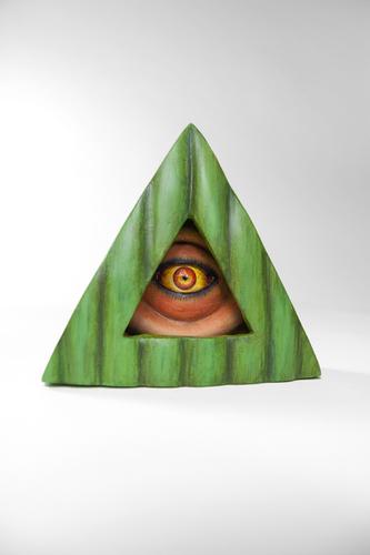 Trifecta_eye_green-jim_mckenzie-resin-trampt-281463m