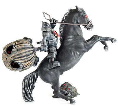 Night_rider-jamie_lee_c-the_blank-trampt-282070m