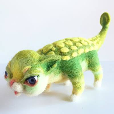 Dinokitty_ankylosaurus-mab_graves-needle_felt-trampt-283000m
