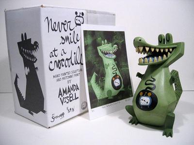 Never_smile_at_a_crocodile-amanda_visell-resin-self-produced-trampt-283223m