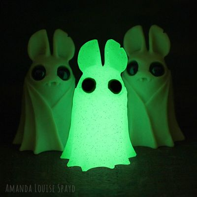 Glow_belfry-amanda_louise_spayd-belfry-self-produced-trampt-284816m