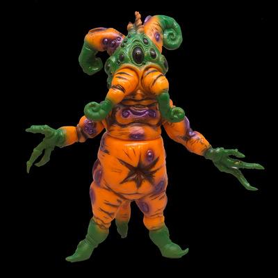 Mandrake_root_-_hallowroot-doktor_a-mandrake_root-toy_art_gallery-trampt-284826m