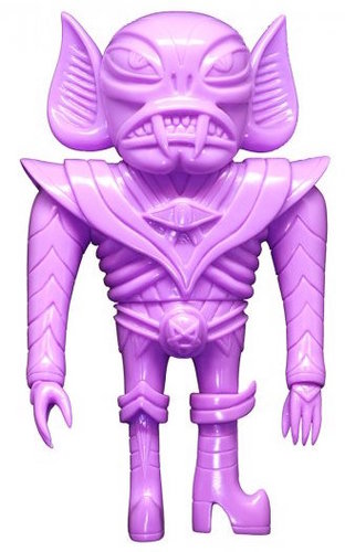Glampyr_-_unpainted_purple_dcon_16-martin_ontiveros-glampyr-toy_art_gallery-trampt-285177m