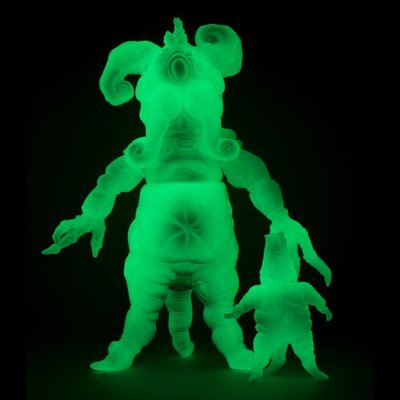 Mandrake_root_-_gid_painted_dcon_16-doktor_a-mandrake_root-toy_art_gallery-trampt-285183m