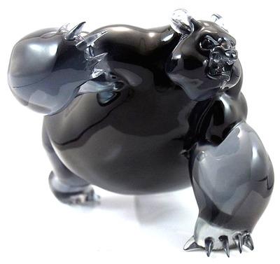 Panda_king_uncrwnd_-_black_marauder_edition-angry_woebots_aaron_martin-panda_king_uncrwnd-silent_sta-trampt-285207m