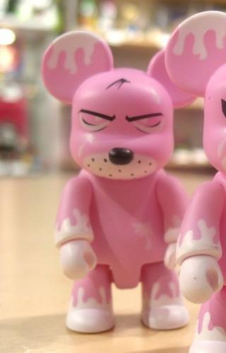 Jack_pink-frank_kozik-bear_qee-toy2r-trampt-285603m