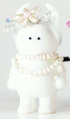 Gatsby_uamou_white-odette_headpieces-uamou-self-produced-trampt-286319m