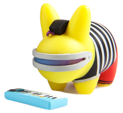 Black_labbith_-_gamma_stripes-frank_kozik-labbit-kidrobot-trampt-287014m