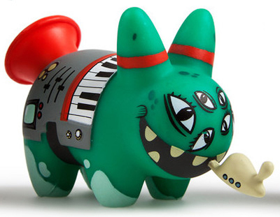 Shnorp_and_the_flogrillates_-_forp-frank_kozik-labbit-kidrobot-trampt-287016m