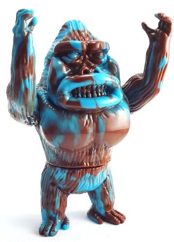 Bisbee_turquoise_marble_koningu_release-ummikko_monkey3000-koningu-self-produced-trampt-287065m