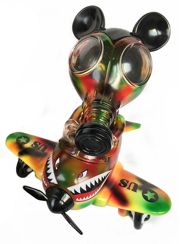 Mousemask_murpy_in_airplane_-_autumn_camo-ron_english-mousemask_murphy_in_airplane-blackbook_toy-trampt-287720m