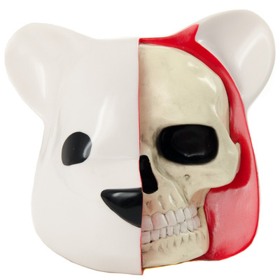 Dissected_bear_head_white-luke_chueh_clutter-dissected_bear_head-clutter_studios-trampt-287772m