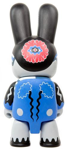 Twin_blue-yu_maeda-bunee_qee-trampt-288505m