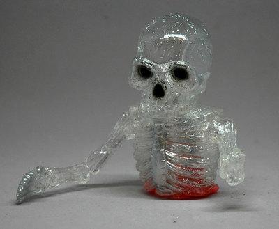 Broken_bones_-_silver_back_-_clear_glitter-splurrt-broken_bones-self-produced-trampt-288611m