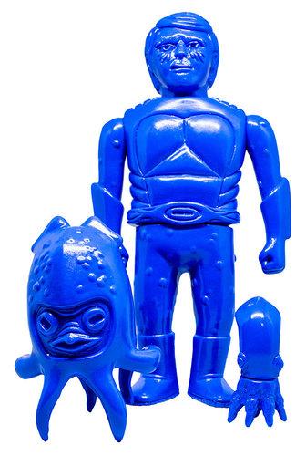 Takoshi_-_blue_blast-miles_nielsen-takoshi-munktiki-trampt-288646m