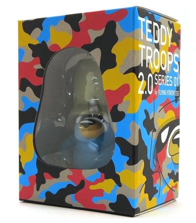 Basic_trooper_blue_artoyz_variant-flying_frtress-teddy_troops-artoyz-trampt-289613m