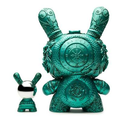Arcane_divination_the_clairvoyant_-_teal-jryu_jryu-dunny-kidrobot-trampt-289702m