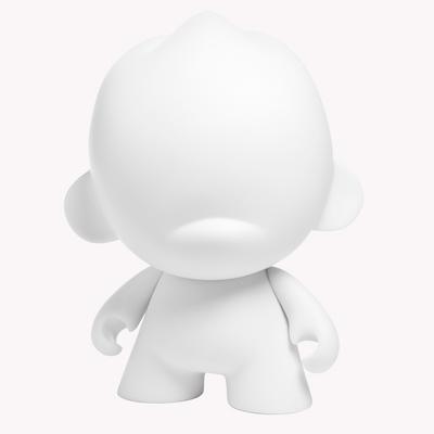 Foomi_7_-_whitediy-kidrobot-foomi-kidrobot-trampt-290269m