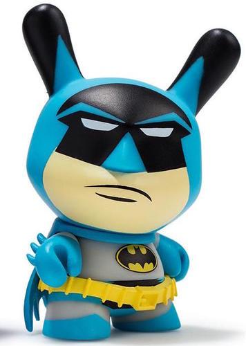 Classic_batman-dc_comics-dunny-kidrobot-trampt-290349m