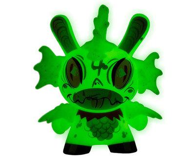 4_fish-brandt_peters-dunny-kidrobot-trampt-290501m