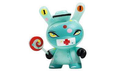 11_nurse_casket-brandt_peters-dunny-kidrobot-trampt-290511m