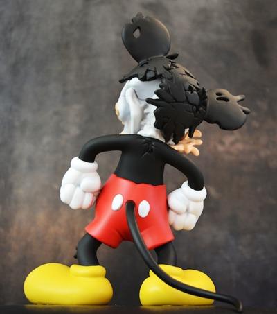 Deconstructed_mouse-matt_gondek-deconstructed_mouse-toyqube-trampt-290529m