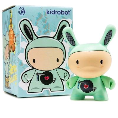 Boombox_green-ninobuni-dunny-kidrobot-trampt-290951m