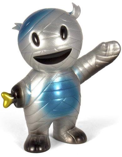 Mummy_boy_silver_streak-brian_flynn-mummy_boy-super7-trampt-291082m