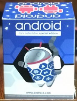 Cloud_astronaut-andrew_bell-android-dyzplastic-trampt-291096m