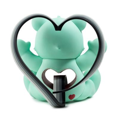 Tenderheart_care_bear-tara_mcpherson-care_bear-kidrobot-trampt-291611m