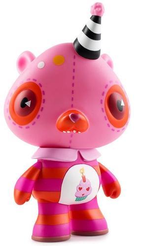 Birthday_bear-kathie_olivas-care_bear-kidrobot-trampt-291639m