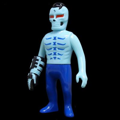 Guy_2_gaitsu_-_blue_gid-punk_drunkers_skull_toys_takeuchi_yu-gaitsu-punk_drunkers-trampt-292012m