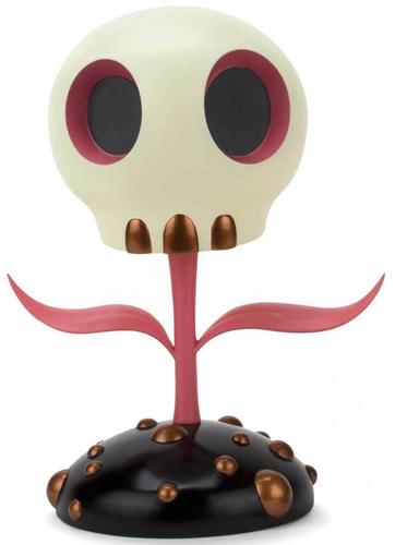 12_pink_skull_flower-tara_mcpherson-skull_flower-toyqube-trampt-292067m