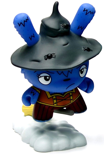 Which_witch_is_which_blue_-_case_exclusive-the_bots-dunny-kidrobot-trampt-292071m