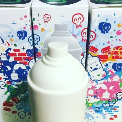 Diy_spray_can_vinyl_toy-colus_discordia_merchandising-diy_spray_can-discordia_merchandising-trampt-292126m
