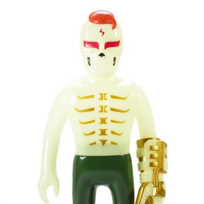 Guy_2_gaitsu_-_gidgold-punk_drunkers_skull_toys_takeuchi_yu-gaitsu-punk_drunkers-trampt-292840m