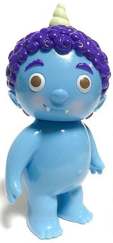 Light_blue_oni_kid_angel_abby_space-cometdebris_koji_harmon-oni_kid-cometdebris-trampt-293008m