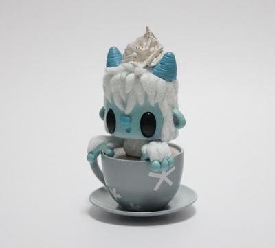Gingerbread_yette-beaniebat-lunartik_in_a_cup_of_tea-trampt-293260m