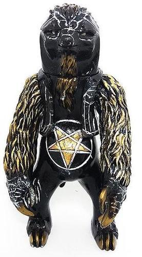 Painted_metal_sloth-xpanded_universe-metal_sloth-lulubell_toy_bodega-trampt-293285m