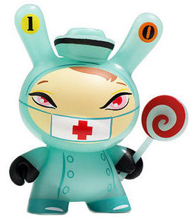 10_nurse_cackle-kathie_olivas-dunny-kidrobot-trampt-293622m