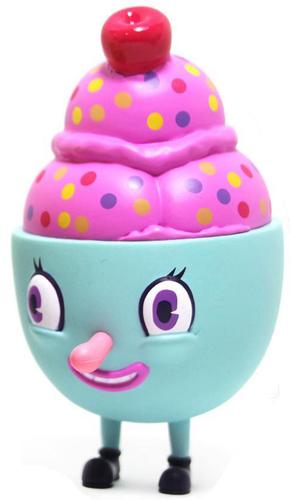 Bubblegum_lils_scoopy-nouar-lil_scoopy-martian_toys-trampt-293851m